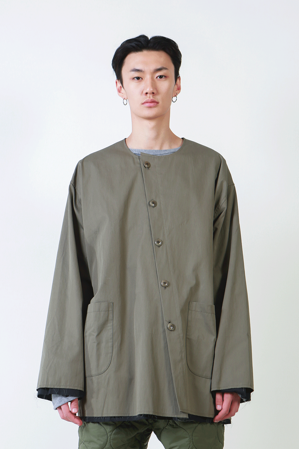 F/W18 ASSAM UNBLANCED JACKET_KHAKI