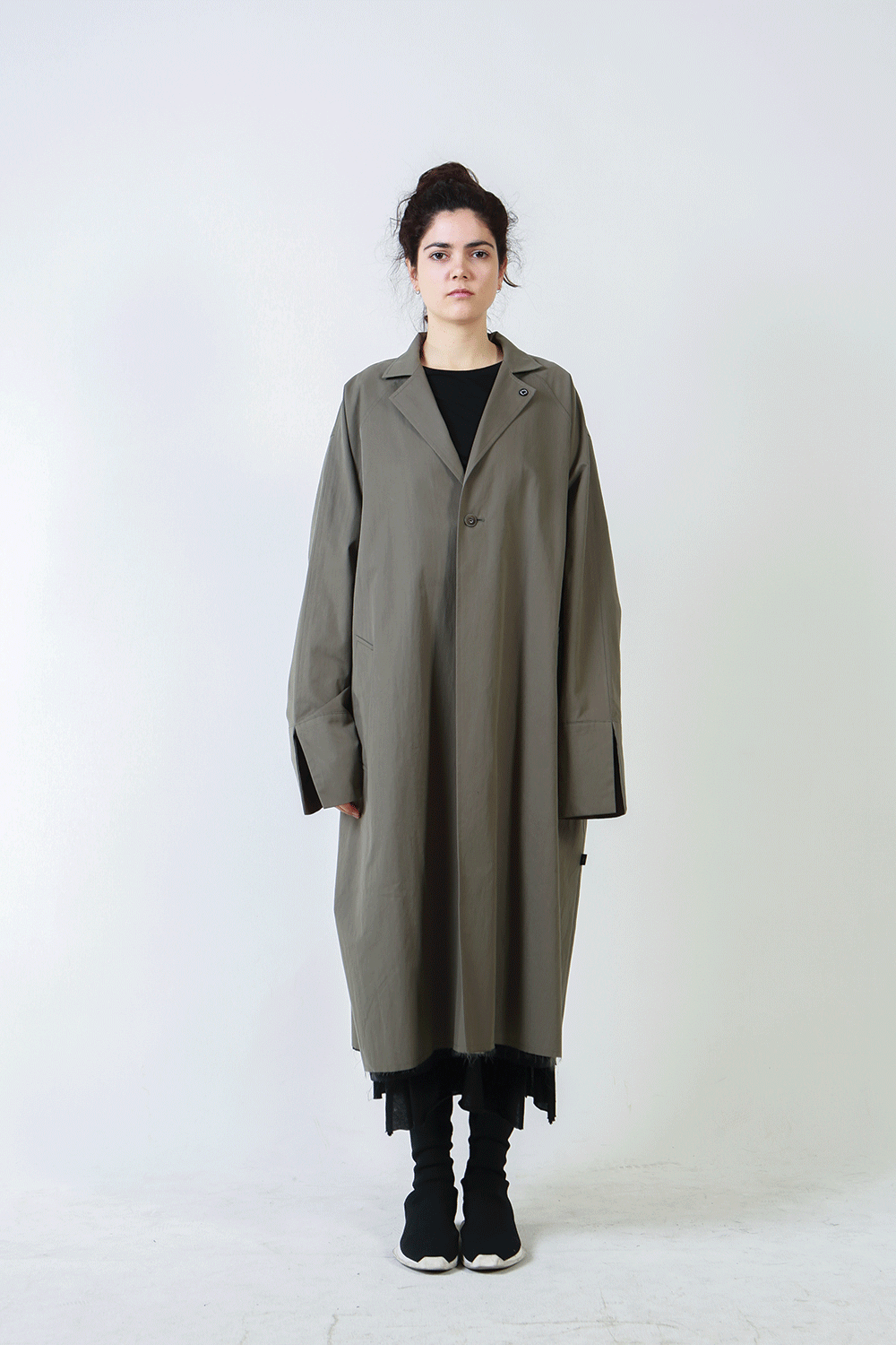 F/W18 ASSAM BASIC LONG COAT_KHAKI
