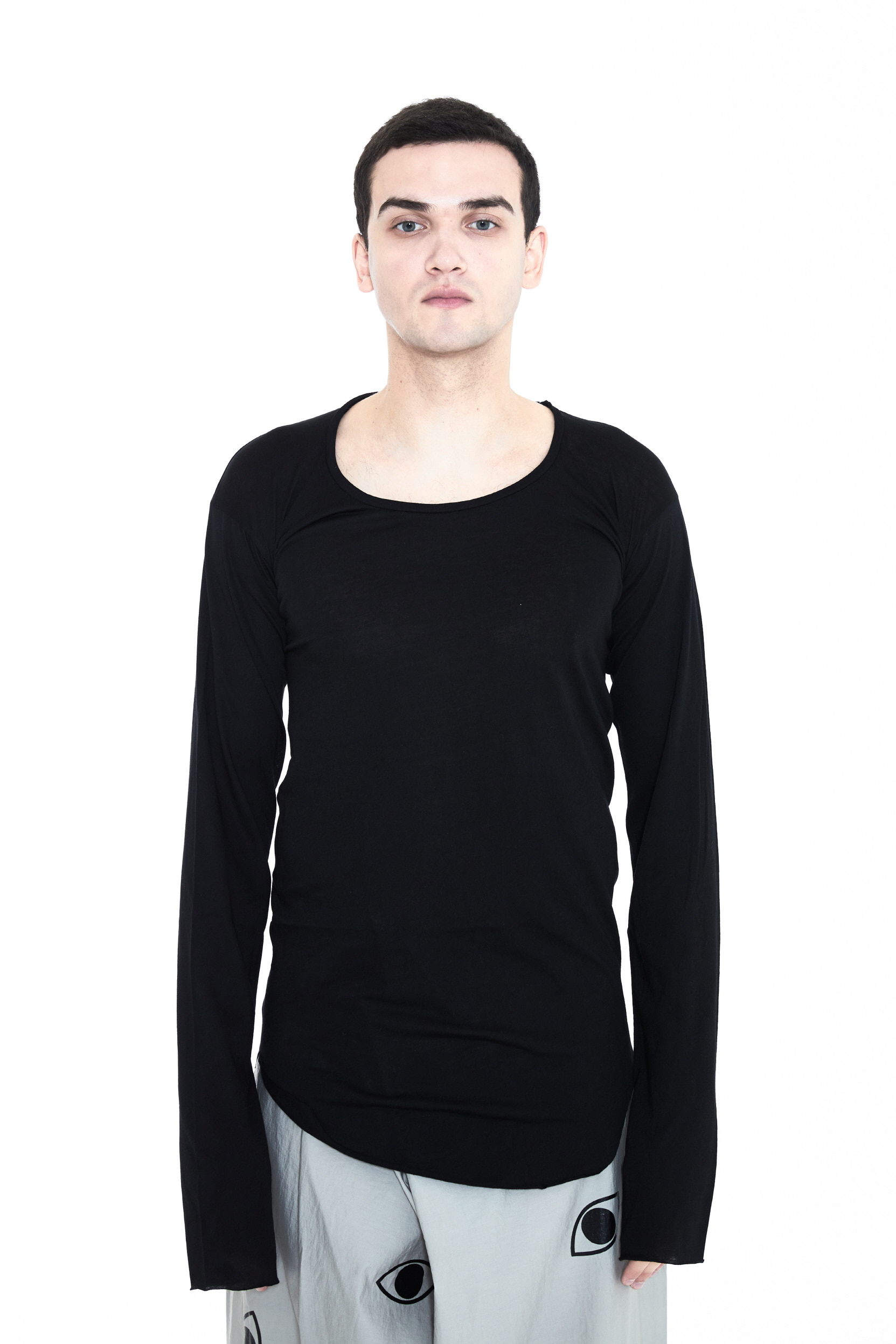 DUBAE LONG SLEEVE T-SHIRT_BLACK